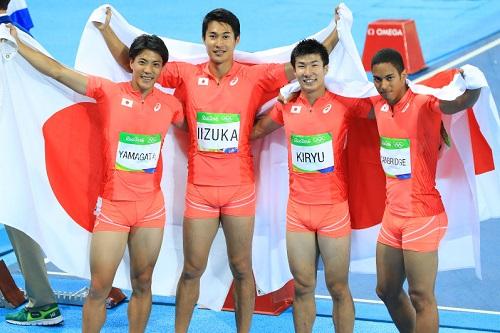 日本、アジア新記録で「銀」…男子400リレー