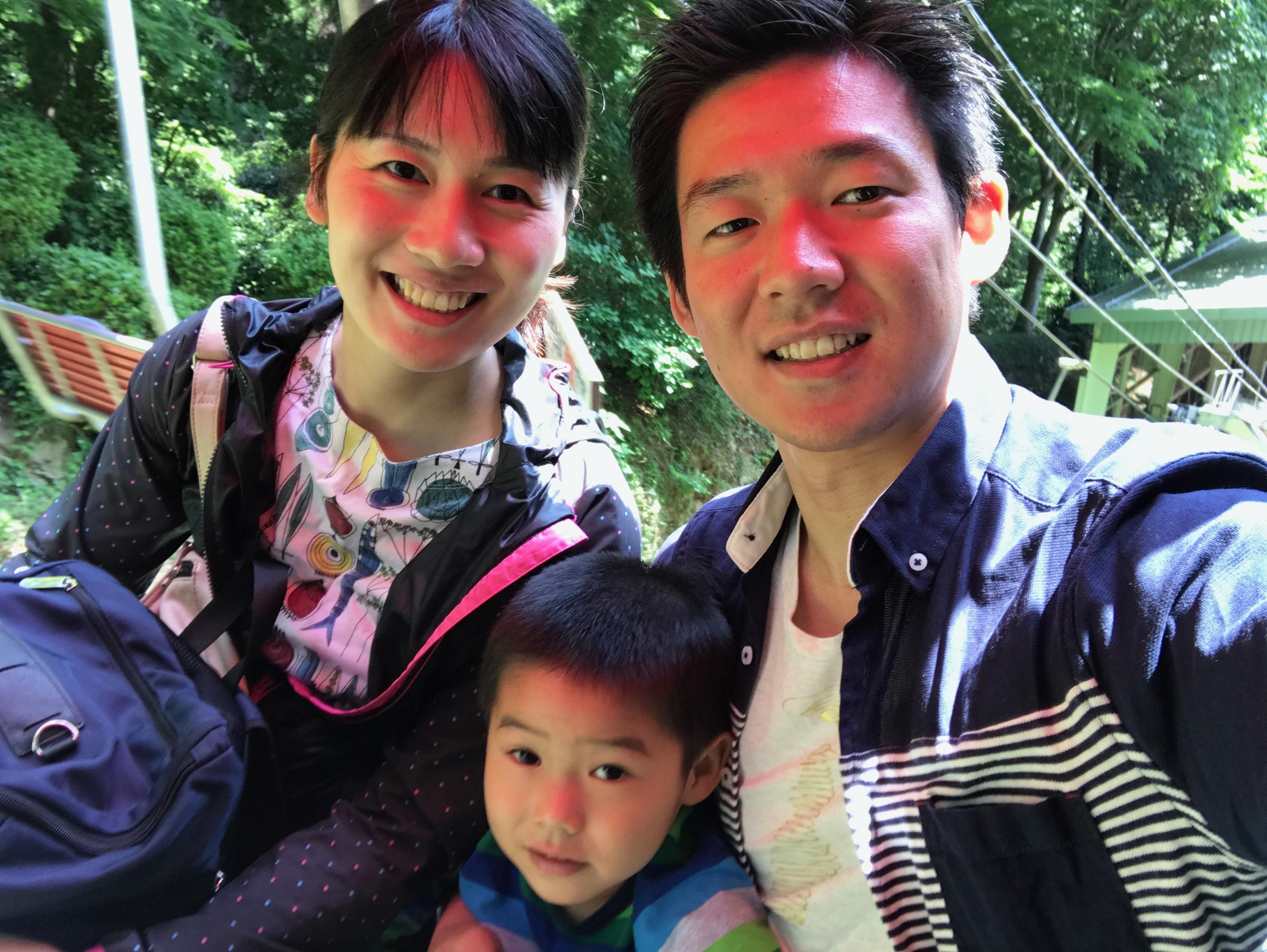 新入社員に交じって家族で高尾山登頂