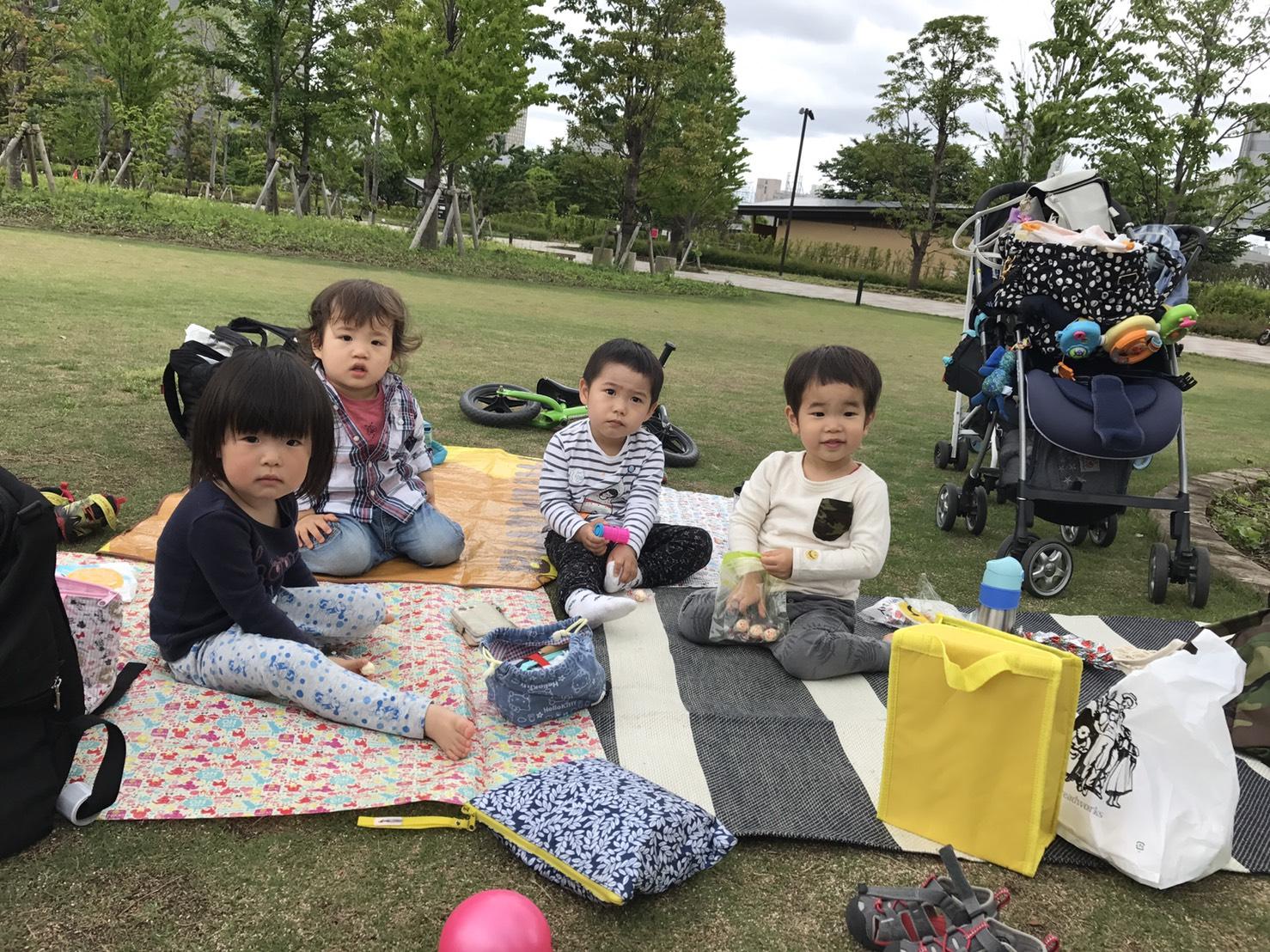 保育園メンバーでピクニック